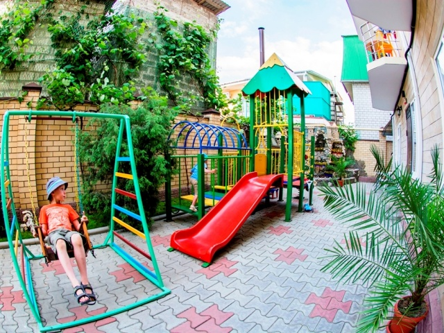 Гостевой дом или отель в Джемете – что выбрать